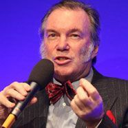 David Pountney verlässt Bregenzer Festspiele in Richtung Cardiff