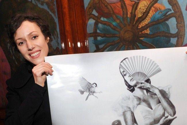 Zoe Byland präsentiert ihr Werk
