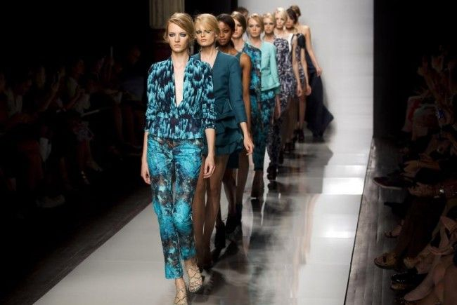Emanuel Ungaro bei der Paris Fashion Week 2011
