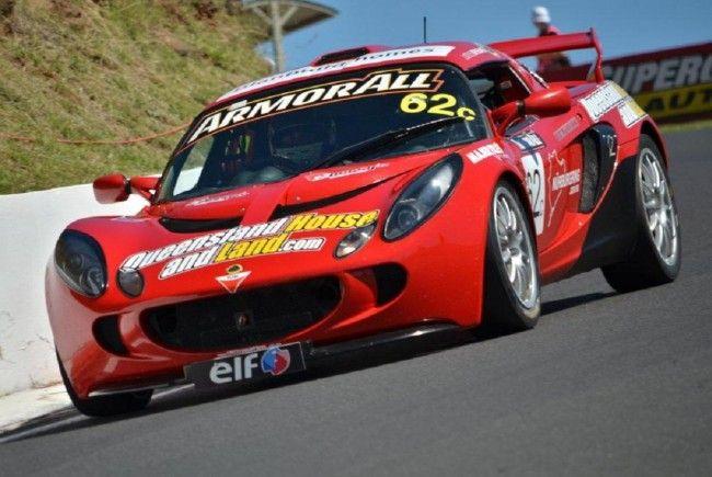 Christian Klien hat sich schnell an den rechtsgesteuerten Lotus Exige S gewöhnt.