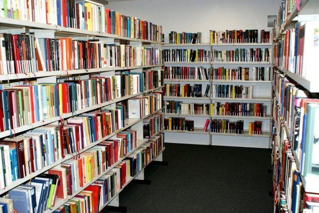 Bücher, wohin man schaut!