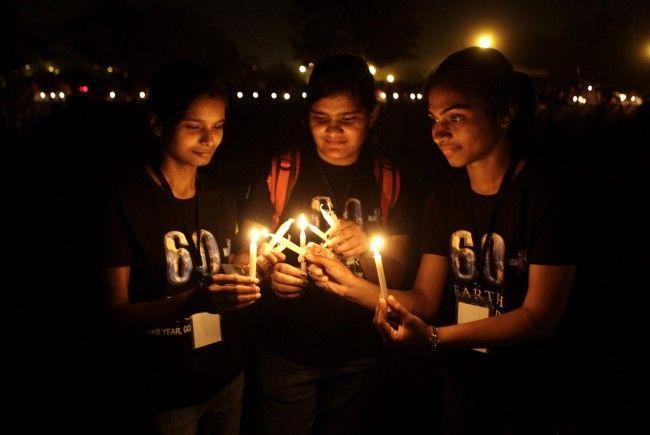 Vier Tipps für die Earth Hour am 31. März: Ein Samstagabend bei Kerzenschein.