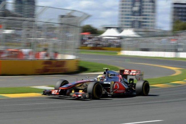 Hamilton holt erste Saison-Pole.