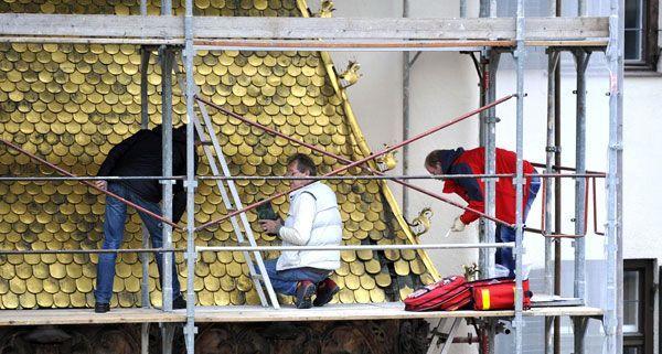 Goldenes Dachl: Gestohlene Schindeln sind wieder aufgetaucht