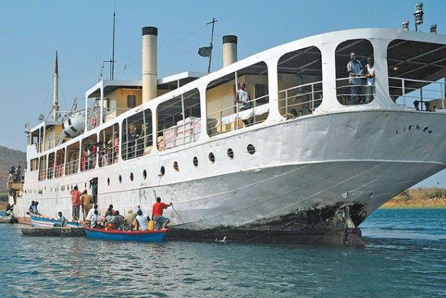 Linienschiff MV Liemba auf dem Tanganjikasees