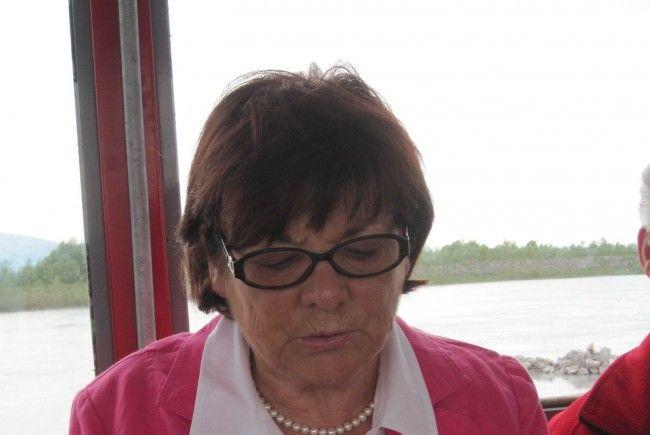 Auch Anneliese Zerlauth las beim MundartMai im Rheinbähnle - IMG_3206-650x435