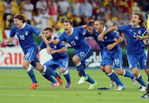 Squadra Azzurra setzte sich nach 120 torlosen Minuten gegen meist destruktive Engländer im Elfmeterschießen durch.