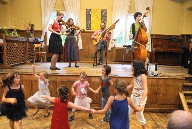 Das Sankt Corneli Sommerfest 2012 begeisterte nicht nur Erwachsene sonder auch zahlreiche Kinder