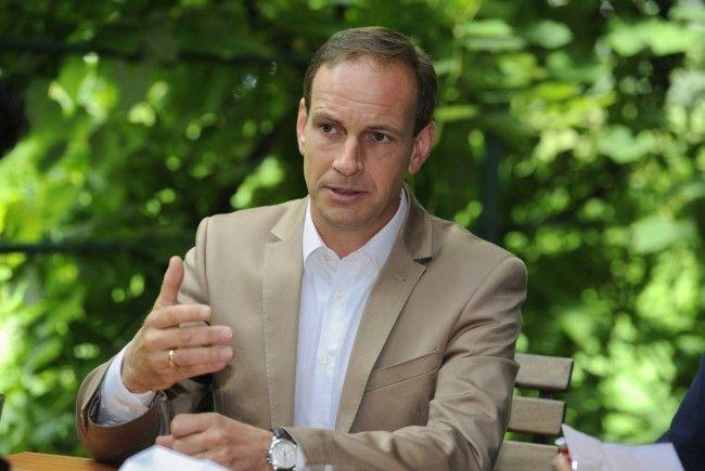 FP-Vorarlberg-Chef Egger gerät angesichts der Vorgänge in Kärnten in Rage.