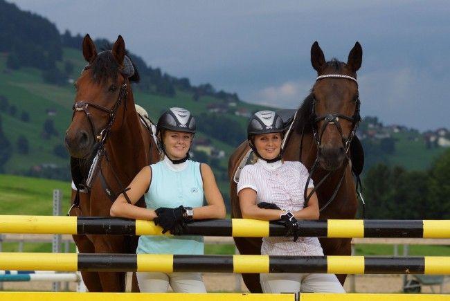 Evelyn und Petra Bereuter sind beim Turnier am Start