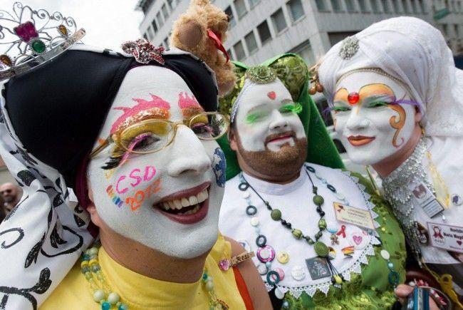 Erstmals in der CSD-Geschichte sprach dieses Jahr ein CSU-Politiker bei der Auftaktkundgebung - was für einige Diskussion in Homosexuellen-Kreisen sorgte.