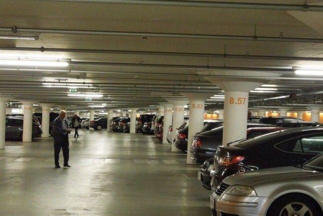 Peter Eberle wünscht sich für die Dornbirner Stadtgarage ein Signalsystem, dass freie Parkplätze anzeigt.