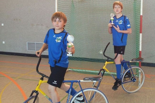 Die Hohenemser Radballer beim Turnier in Ailingen.