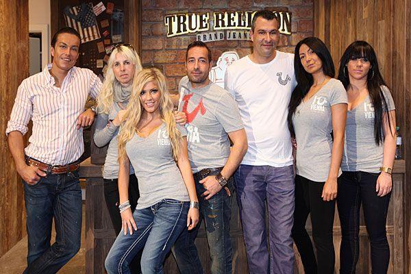 Viele begeisterte Gesichter gab es bei der Eröffnung vom True Religion-Store in Wien