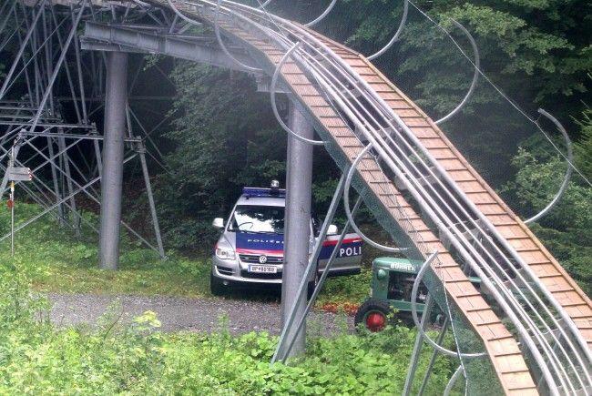 Mädchen erlitt am Alpine Coaster schwere Beinverletzungen.