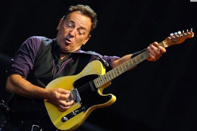 Bruce Springsteen ließ die Fans in Wien singen und tanzen.