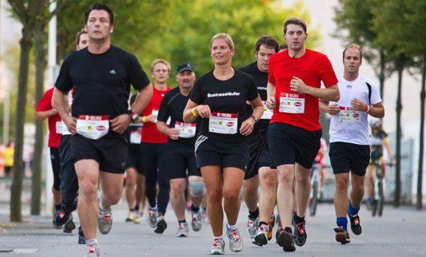 Auch 2011 gingen Mitarbeiter der vielen teilnehmenden Betriebe bestens vorbereitet auf die Strecke.