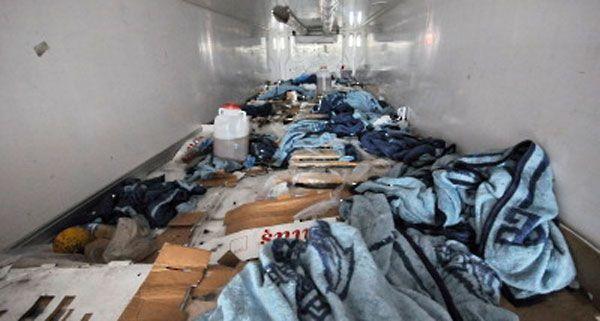 Drei in einem Lkw-Laderaum eingepferchten Flüchtlinge suchten nun um Asyl an.