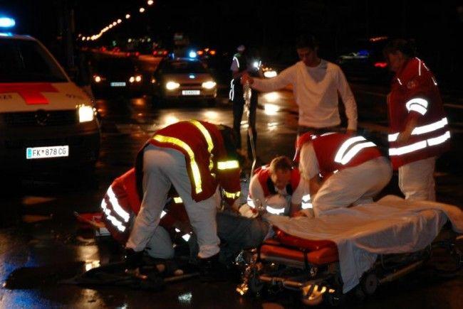 Ein 42-jähriger Fußacher erlitt bei einer Kollision mit einem Bus tödliche Verletzungen.