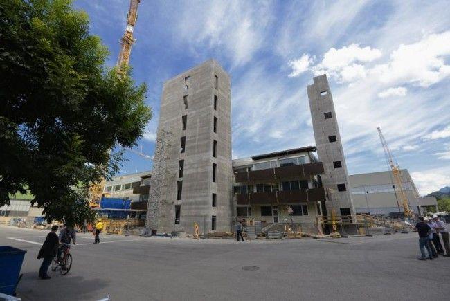 Tomaselli Gabriel Bau und Hilti & Jehle errichten frei stehende Treppenhäuser in kurzer Bauzeit