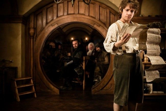 Im Mittelpunkt der Fantasy-Geschichte steht der Hobbit Bilbo Beutlin.