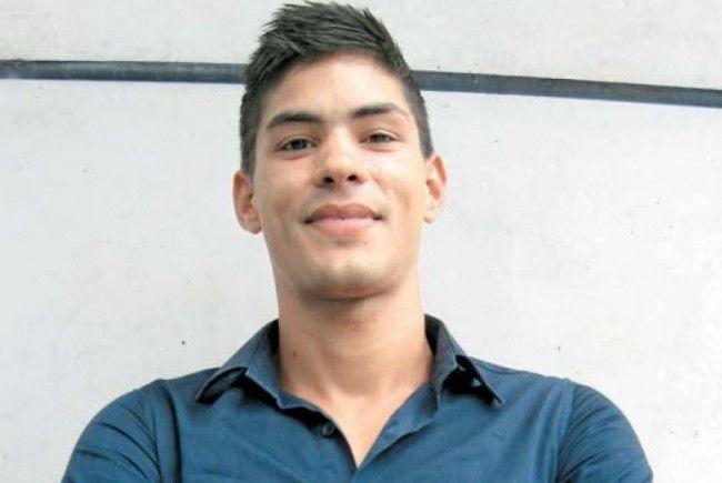 Vorbildlicher Einsatz: Pablo Emilio fasste sich ein Herz und stellte sich schützend vor eine Frau.
