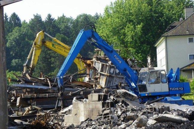 Tonnenweise Abbruchmaterial muss entsorgt werden