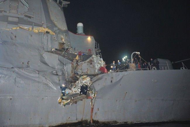 Die Schäden an der USS Porter scheinen durchaus beträchtlich zu sein.