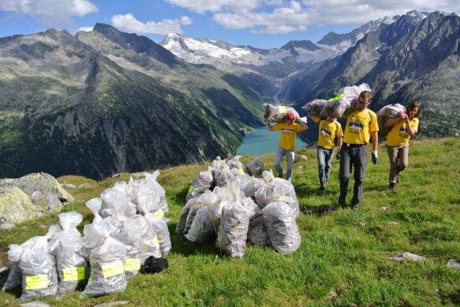 Altlasten im Hochgebirge – bei manchen Berghütten im Land immer noch ein Thema.