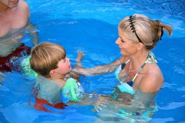 Auf laendlefirma.at können Sie Ihr Lieblings-Schwimmbad bewerten