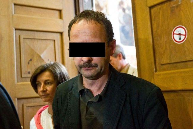 Hauptangeklagter Jürgen H. bei der Urteilsverkündigen in der Testamentsaffäre in Salzburg