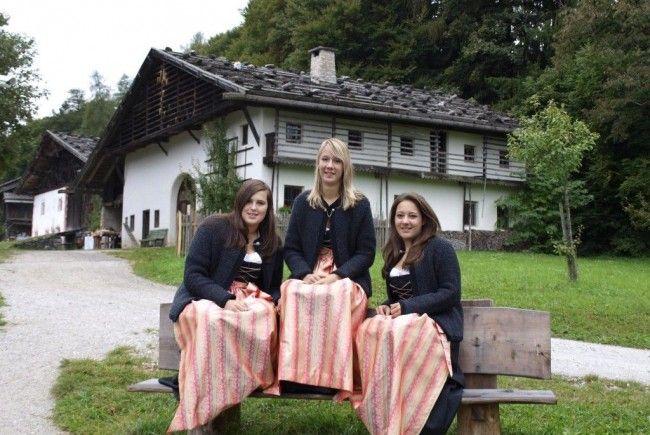 Die Innsbrucker Mädels sorgen bei der Eröffnung für beste Unterhaltung und gute Laune.
