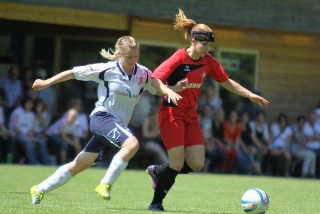 Die Frauenmannschaft von FC RW Rankweil beginnt mit dem Unternehmen Klassenerhalt in OÖ.