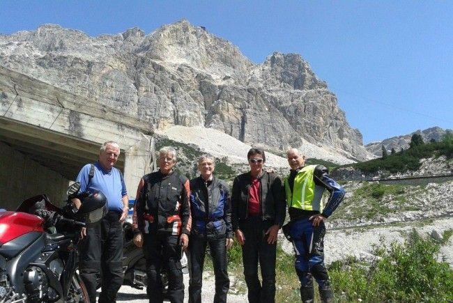 Begeisterte PVÖ-Biker auf der anstrengenden Tour durch die Dolomiten