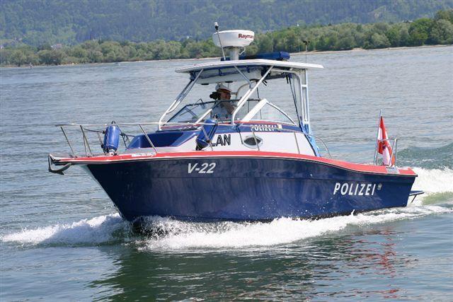 Der Seedienst der Polizei Hard konnte die Festnahme der beiden Einbrecher vermelden.