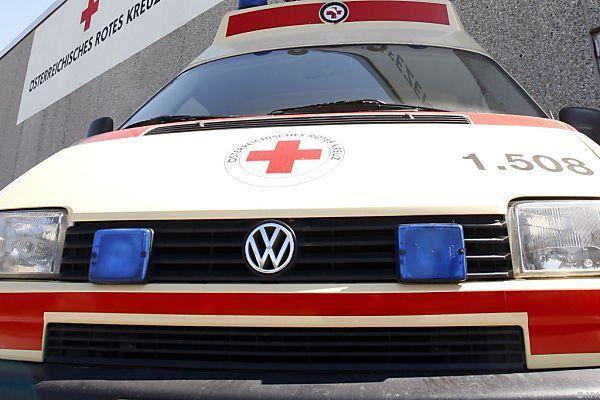 Das Mädchen wurde von der Rettung ins LKH Feldkirch gebracht.