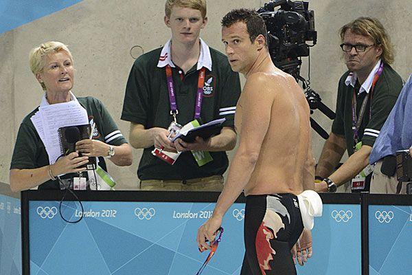 Markus Rogan völlig perplex nach seiner Disqualifikation im Halbfinale über 200 Meter Lagen.