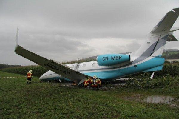 Der Jet wurde mittlerweile abtransportiert.
