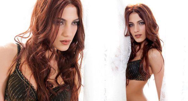 Amina Dagi, Miss Austria 2012. Hier im Shooting mit Manfred Baumann.