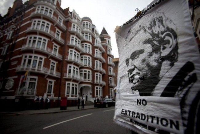 18 Monate hielt Julian Assange in Großbritannien Richter und Anwälte in Atem
