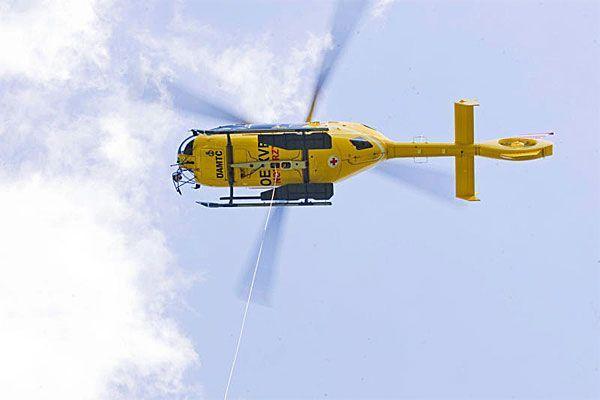 Frau wurde mit Rettungshubschrauber gebort