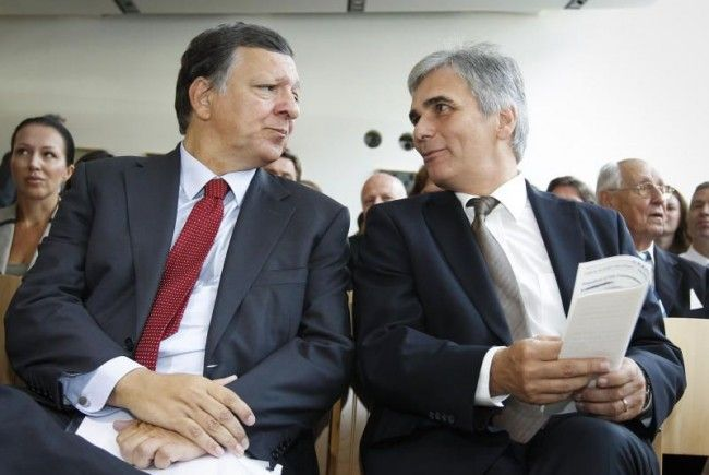 Kommissionspräsident José Manuel Barroso (l) und BK Werner Faymann beim Forum Alpbach 2012