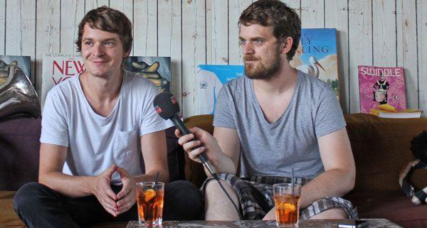 Sebastian und Sascha Madsen humorvoll wie eh und je im Interview.