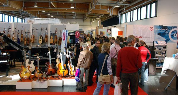 """Die """"Music Austria"""" lädt Musik- und Instrumente-Interessierte zum Austausch ein."""