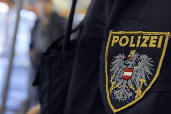 39 Jahre alte Frau aus Lustenau biss Beamten in den Unterarm.