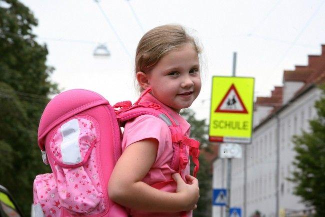 Schulstart eines Erstklässlers kostet bis zu 300 Euro.