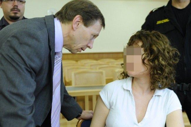 Die mutmaßliche Doppelmörderin Estibaliz C. ist laut psychiatrischem Gutachten nach wie vor gefährlich.