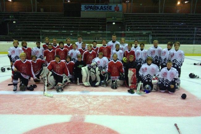 Über 40 Kids waren beim ersten Eishockey-Auswahltraining der Unter-13-Jährigen in Dornbirn dabei.
