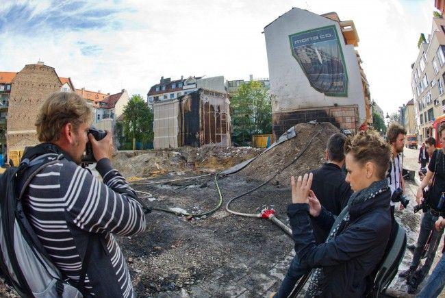 Keines der knapp 20 beschädigten Häuser im Sprenggebiet sei einsturzgefährdet.