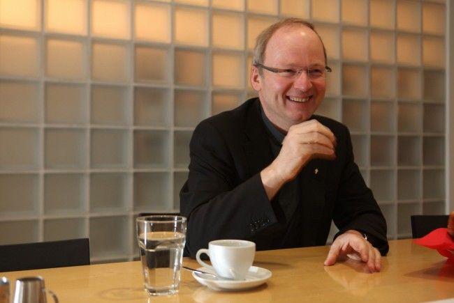 Diözesanadministrator Benno Elbs hat gut lachen: Gleich mehrere Diözesen wollen ihn als Bischof